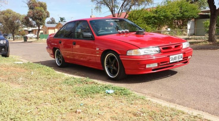 Genuine HSV VP clubsport, build no.290. 355 stroker making 320rwkw on run in, hasn't even done 1000km built by knights engines, 6 spd manual conversion kit with HD clutch all brand spanking new (supplied via malwood), hasnt even done 1000km (t56 magnum box).