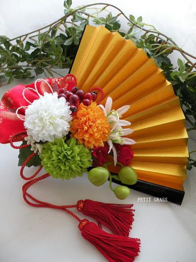 和の結婚式・前撮りに 華やかさを添える金扇子ブーケ  結婚式ブーケ・着物の髪飾りをオーダーメイド~和装前撮り・結婚式の演出に