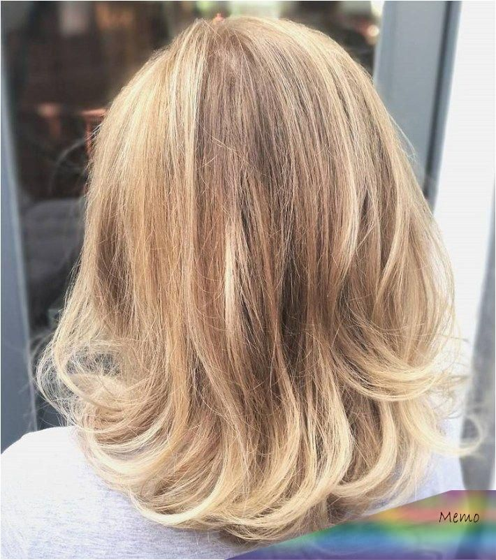 We Gathered Some Of The Best Medium Length Hairstyles For Thin Hair You Can Choose To Make Your In 2020 Thin Hair Haircuts Medium Length Hair Styles Medium Hair Styles