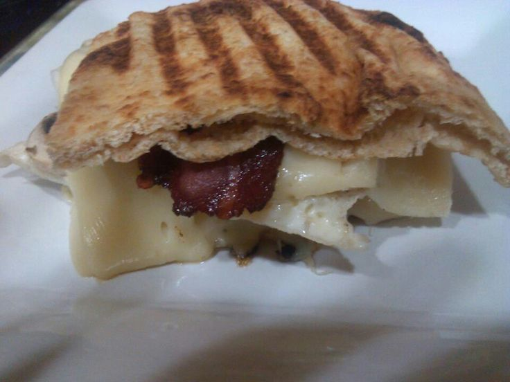 eggwhite,turkey bacon,swiss whole wheat naan breakfast panini great ...