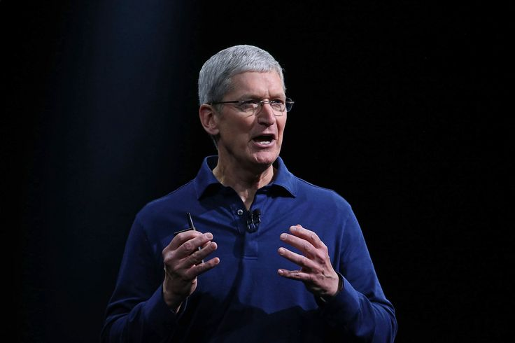 Apple's new financing offer for iPhones challenges the ties that wireless phone companies have to their customers.