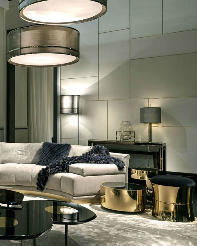 Fendi Casa living room design stunning furniture pieces by this brand! #interiordesignblog #interiordesign #luxuryinteriordesign #luxuryfurniture #designideas #furnituredesign #sidetables #sofas #chandeliers #fendicasa