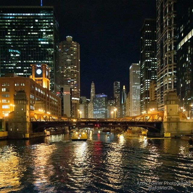 Chicago At Night Aboard 730pm Summer Twilight Cruies Architecture Foundation River Cruise