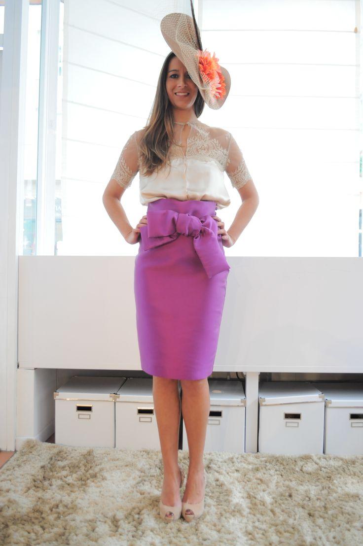 Blusa y falda para boda de dia invitadas elegantes for Tocados elegantes para bodas