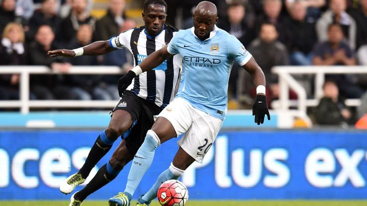 Everton set to seal loan move for Manchester City's Eliaquim Mangala