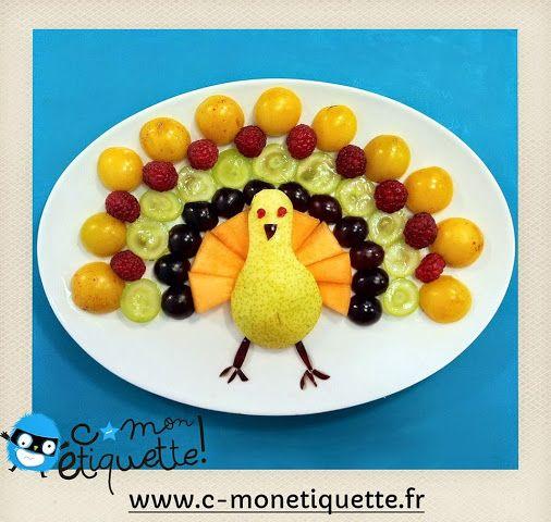 Le paon : poire, melon, raisin noir, raisin blanc, framboises et prunes jaunes !