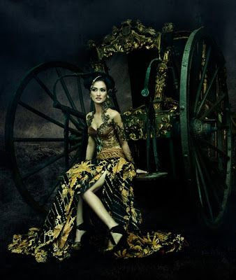 ~ Living a Beautiful Life ~ Anne Avantie Kebaya Gallery 2011 | Indonesia