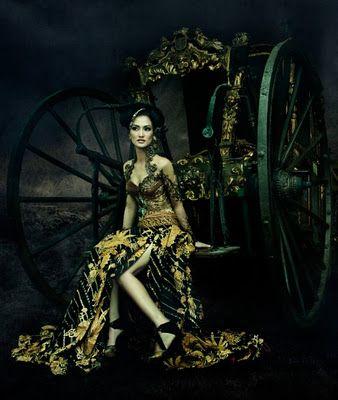 ~ Living a Beautiful Life ~ Anne Avantie Kebaya Gallery 2011 | Indonesia