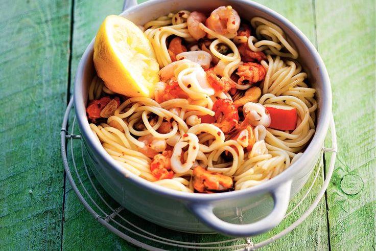 Spaghetti met zeevruchten - Recept - Allerhande
