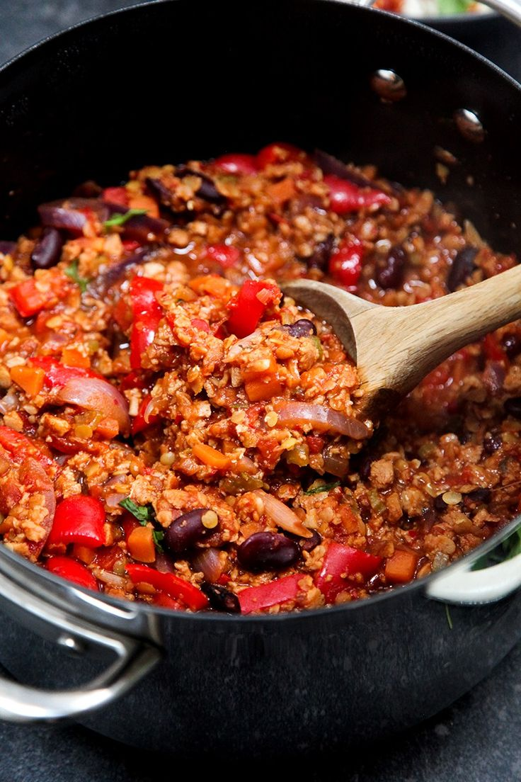 Easy Vegan Chilli Con Carne Use Beyond Meat crumbles instead of the soy.