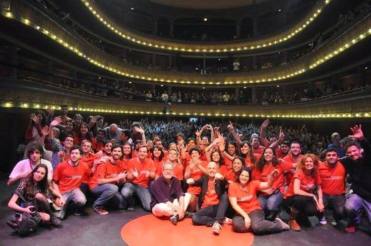 Despegue Emprendedor: 3 Claves para Formar un Equipo Ganador