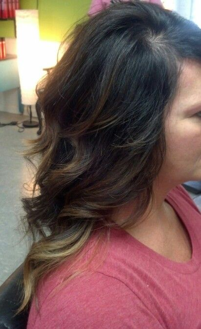POSH HAIR STUDIO IN FT. PAYNE AL. ombre hi lights by Amy Wade
