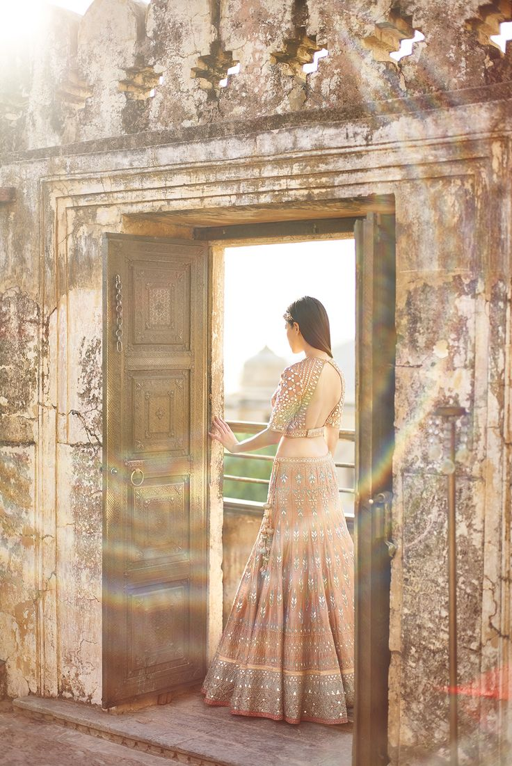 anita dongre.... This is gorgeous.... It all blends.. I love it..