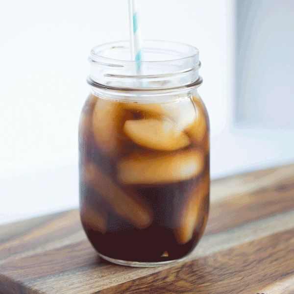 How To Make Cold Brew Coffee at Home. It takes no time & very minimal effort! You'll wake up to the most amazing iced coffee drink. Just in time for summer!