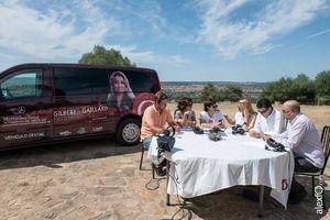 a Dehesa, plató natural para la tertulia televisiva de la Gira Gilbert y Gaillard Extremadura 2014 #AOSA #Extremadura #MercedesBenz