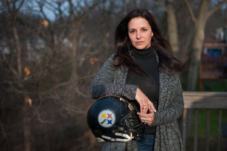 The former wife of the late Pittsburgh Steelers offensive lineman Justin Strzelczyk criticized comments made by New York Jets rookie Jamal Adams that were interpreted as insensitive about the degenerative brain disease known as chronic traumatic encephalo https://www.fanprint.com/licenses/new-york-jets?ref=5750