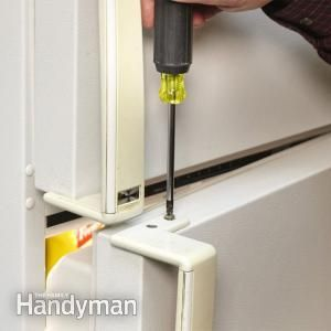 Yellow handles can make your appliance look old beyond it's time. How to Paint Plastic Appliance Handles