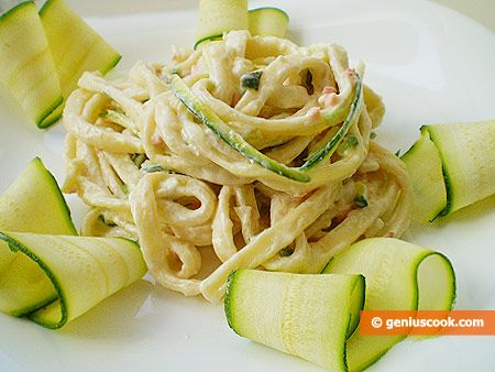 Pasta with Sauce from Zucchini, Salmon and Philadelphia | Italian Food Recipes | Genius cook - Healthy Nutrition, Tasty Food, Simple Recipes