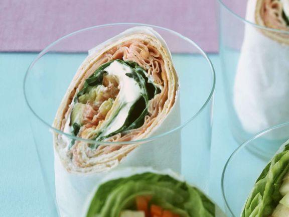 Wraps mit Mortadella ist ein Rezept mit frischen Zutaten aus der Kategorie Salat. Probieren Sie dieses und weitere Rezepte von EAT SMARTER!