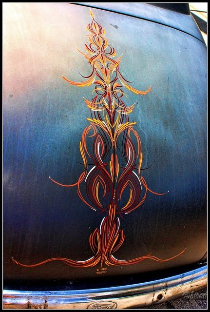 possibly the best pinstriping I've ever seen.