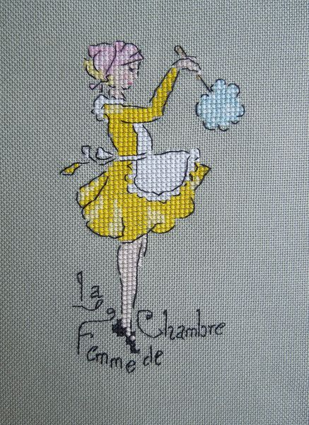 cross-stitch The maid - point de croix femme de chambre époussetant