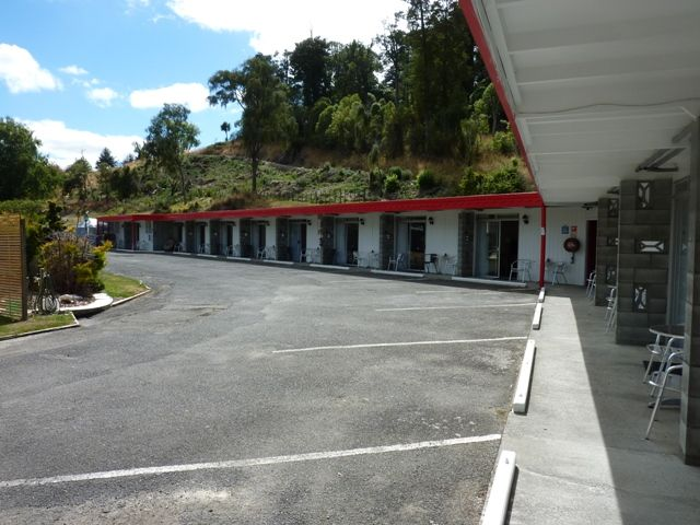 Safari On State Highway One | McCrae Real Estate | Motels for Sale