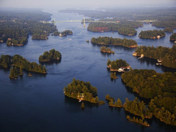 i <3 the Thousand Islands [Canada/US] one of the most beautiful places on earth.