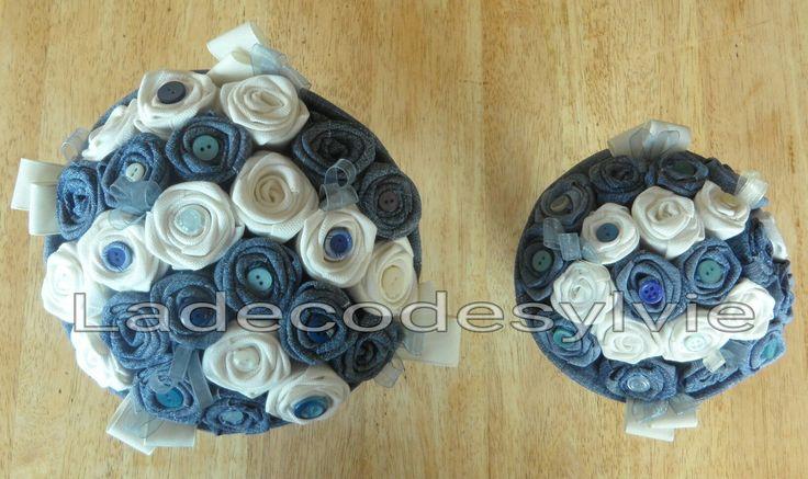 Bouquet de Mariée et demoiselle d'honneur en Jean et tissu Blanc http://Ladecodesylvie.fr #mariage #wedding #bleu #blanc #mariage #bouquet #mariée #fleurs #flowers