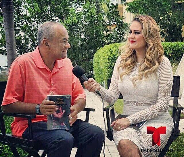 www.luisalfonsofernandez.com  Entrevista Telemundo  Novela Doce de Espadas y De Ultima Hora