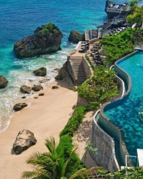 Laid back but still elegant, AYANA Resort and Spa is a tropical refuge along Jimbaran Bay. #Jetsetter