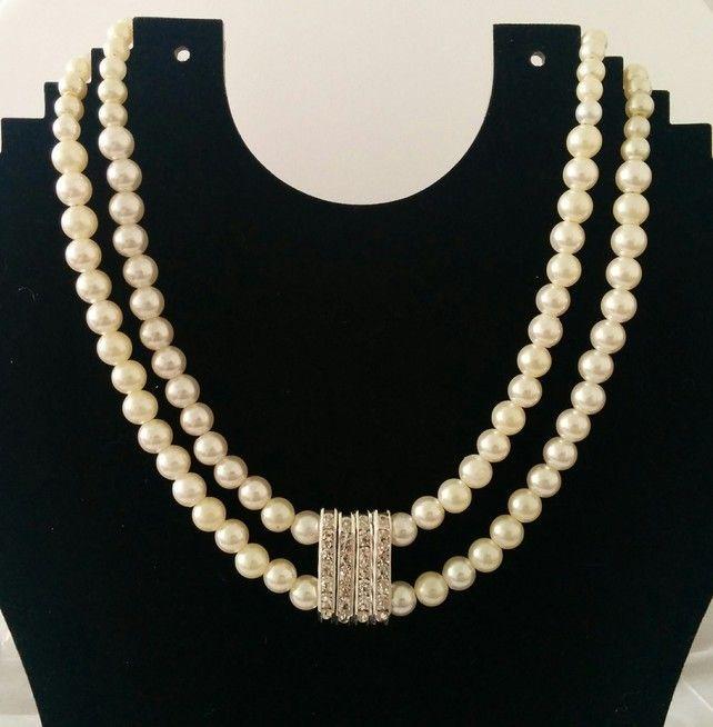 Cream Pearl Necklace £7.99