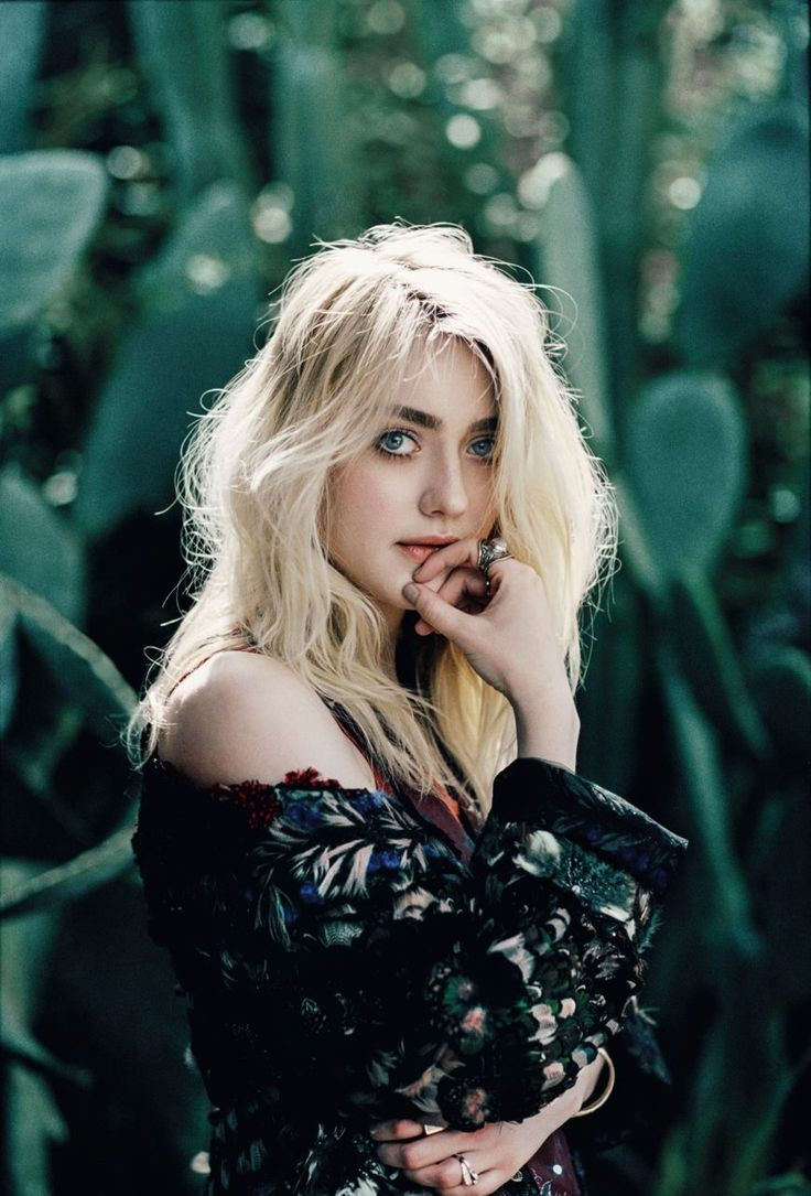 Dakota Fanning, photographed by Harper Smith for Nylon, May 2015