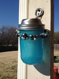 DIY Solar lights with a Mason Jar - very clever way to make a solar light special for evening outdoor events. Great instructions on this blog