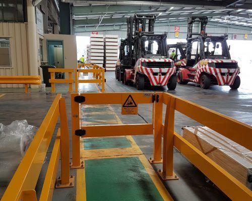 USG Boral - Verge Safety Barrier  Verge swing gate  FORKLIFT
