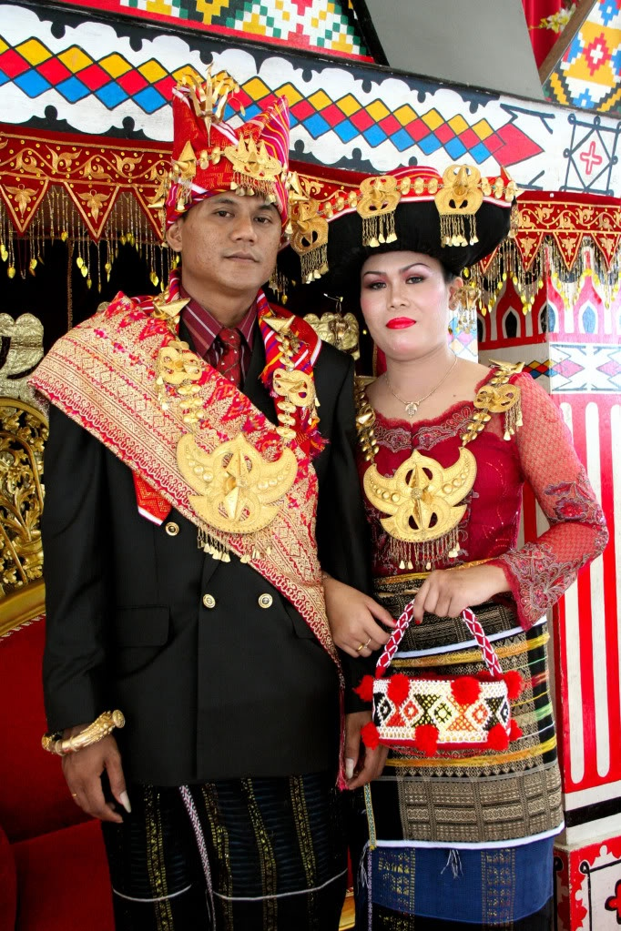 Batak Karo (North Sumatera) traditional wedding costume