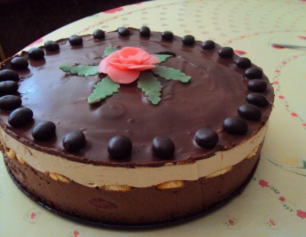 Šlahačková želatínová torta s piškótami