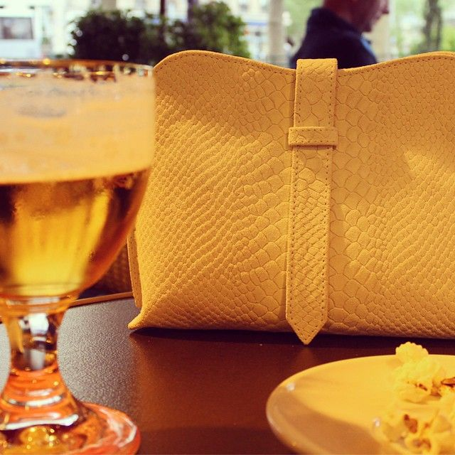 @ Paris // Zhora clutch #damagedduchess #neonoir #nearfuture #handbags #leathergoods #womenaccessories #ss2015 #zhora #clutch #paris