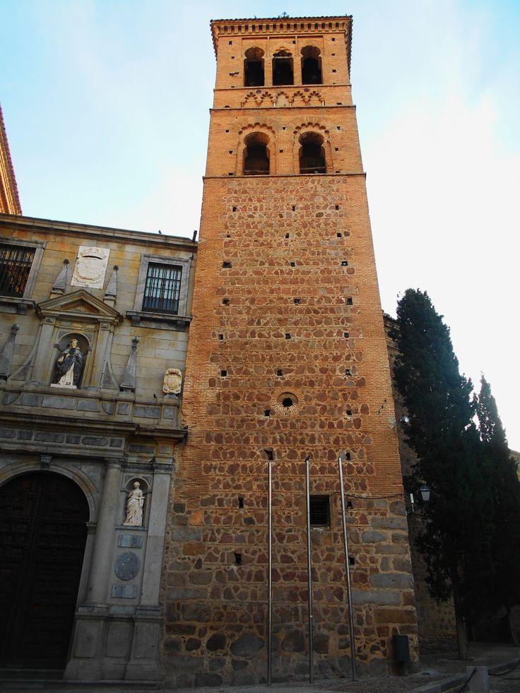 Torre. La torre de San Roman fue el modelo a seguir en el resto de las de Toledo. Es el Mudéjar Toledano.