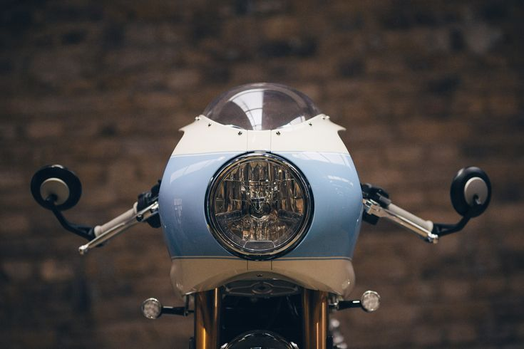 2016 Triumph Thruxton R by Standard Motorcycle Co. SMC Headlight