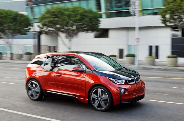 Ведущий популярной автомобильной передачи TopGear Джеймс Мэй готов приобрести электромобиль и, скорее всего, это будет BMW i3.