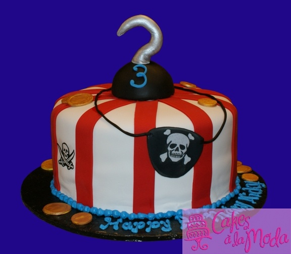 Pirate Cake http://cakecentral.com/gallery/1876584/pirate-cake#