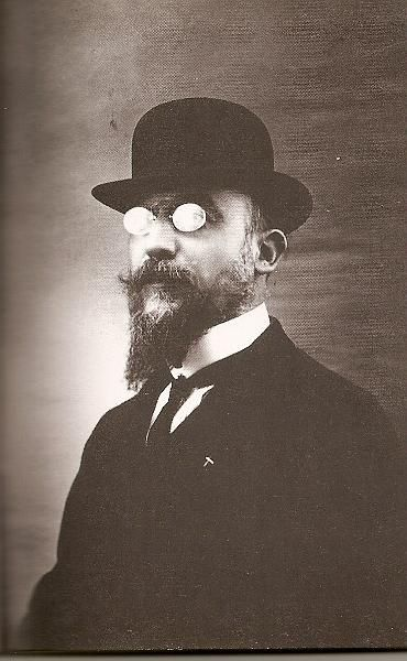 "This is Erik Satie. His music is rather experimental, and I don't know what to make of a lot of it. But I do like ""Gymnopedies"", ""Gnossienes"", and ""Sarabandes"", and I'm trying at the moment (in vain!) to play ""Embryons Desechees"" no. 1 (I know, quite an odd name)."