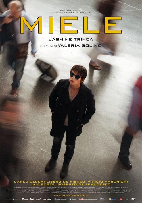 """""""Miele"""", regia di Valeria Golino  distribuito da Bim distribuzione, poster design internozero comunicazione"""