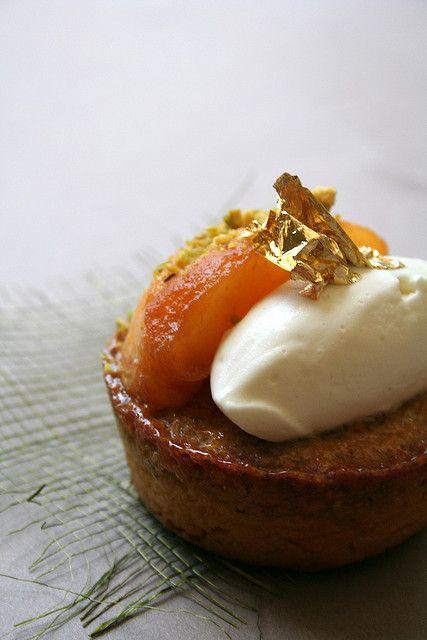 peach and pistachio frangipane tart