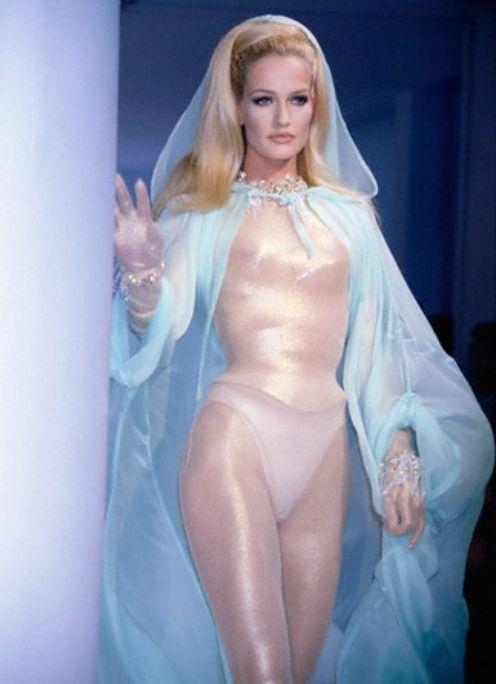Karen Mulder @ Thierry Mugler, SS 1996