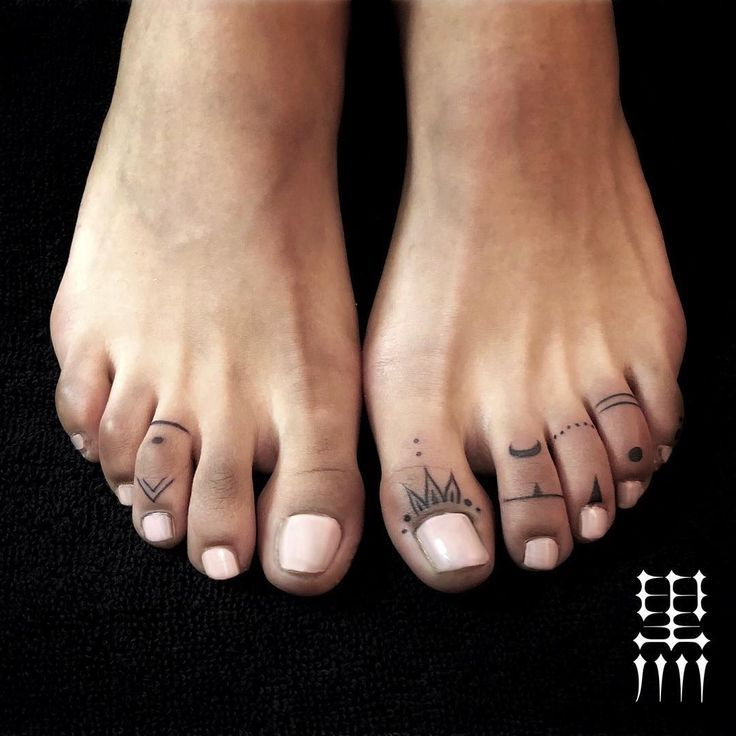 Photo by (mealsmoo) on Instagram | #toetattoo #toe… – #beto #Instagram #mealsmoo