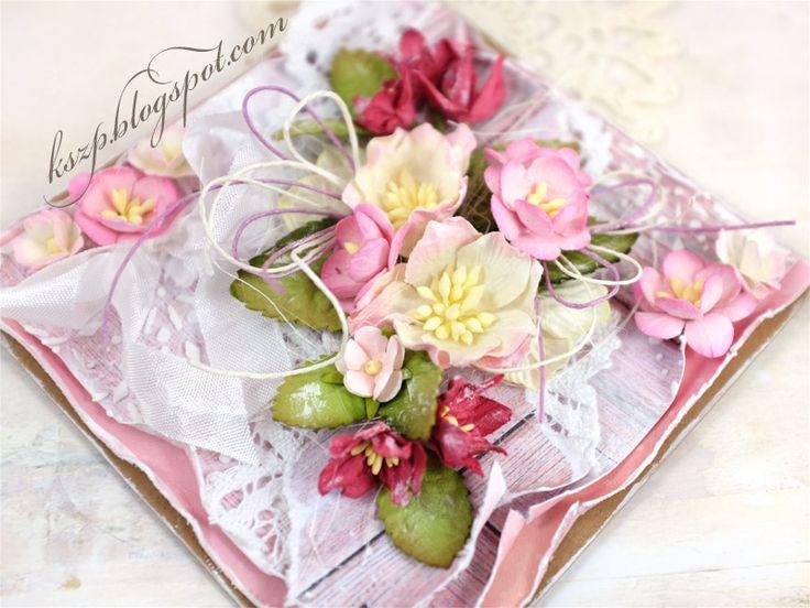 Witajcie :)  Mam nadzieję, ze święta upłynęły Wam radośnie i szczęśliwie.  Dziś chcę Wam pokazać moje 2 różowe kartki, które były inspiracją...