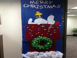 Christmas+Classroom+Door+Decorating+Contest | Angel tree ...