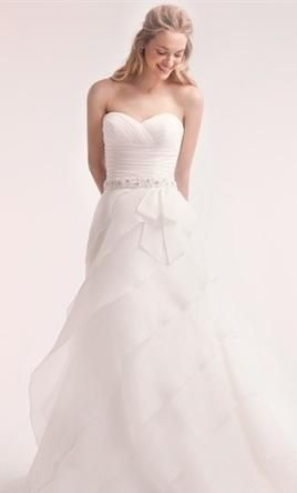 New With Tags Alita Graham Wedding Dress 32233397 , Size 10  | Get a designer gown for (much!) less on PreOwnedWeddingDresses.com