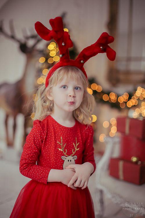 Агата Хананская Agata Hanansky New Year on Behance Dearest Deer Red Dress